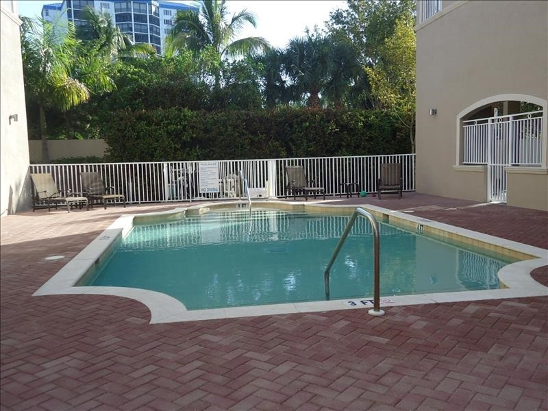 White Cap Condo heated pool