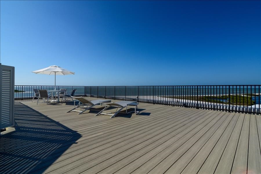 Private roof top deck with 360 Views