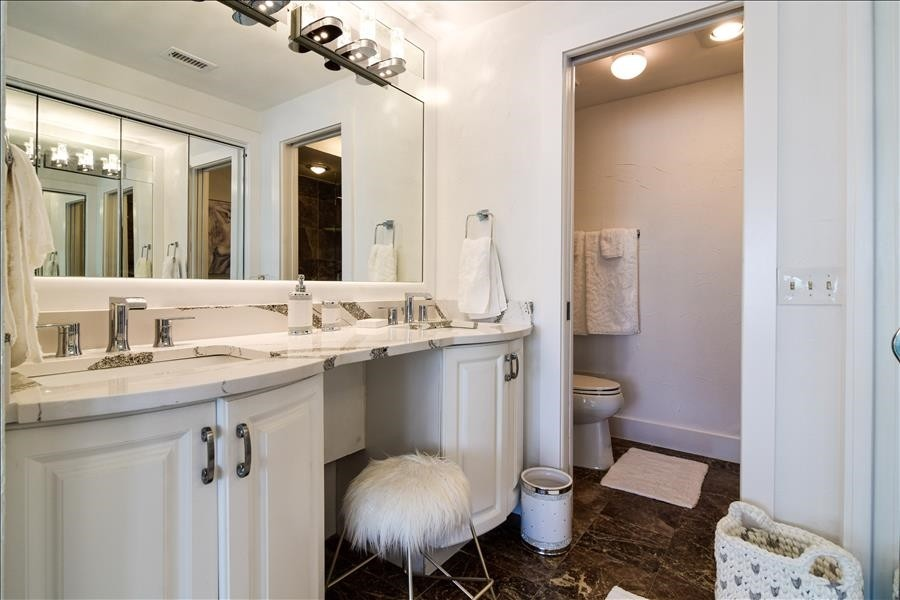Master Bath with dual sinks and walkin shower