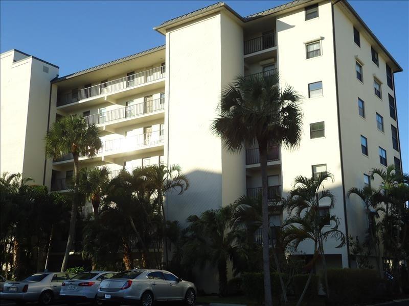 Estero Cove Building 5