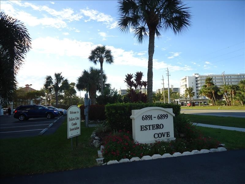 Estero Cove entrance